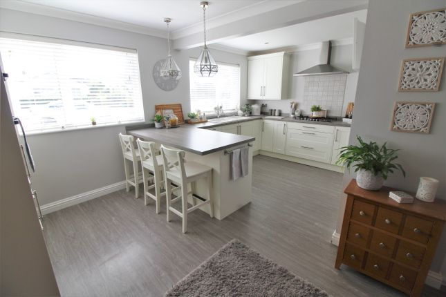 Thumbnail Detached house for sale in The Drive, Peel Common, Gosport