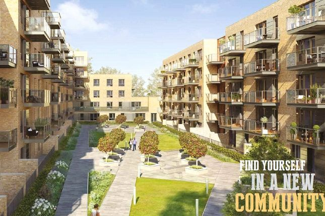Thumbnail Flat for sale in Smithfield Square, Crouch End, London