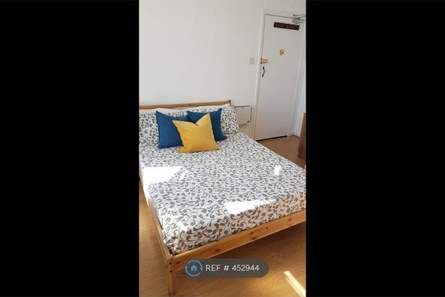Thumbnail Room to rent in Brewery Road, London