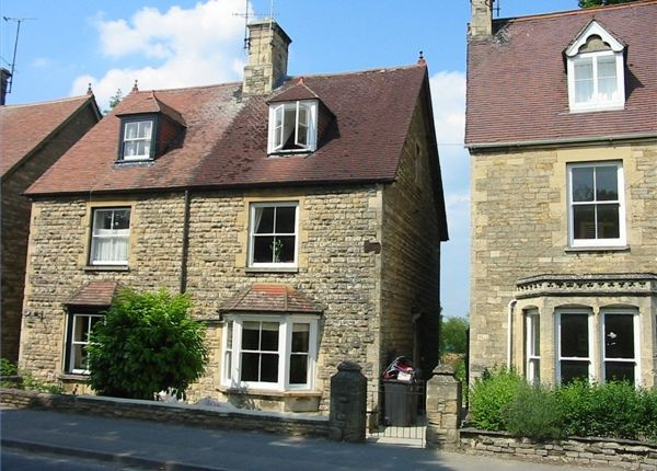Thumbnail Flat to rent in Mill Street, Witney