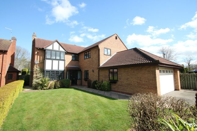 Thumbnail Detached house for sale in Lytham, Tamworth