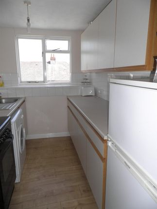 Kitchen of Headland Park, Plymouth PL4