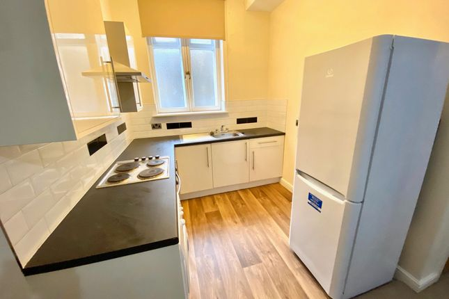 1 bed flat to rent in Westgate, Huddersfield HD1