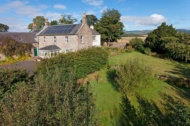 Thumbnail Farmhouse for sale in Kinross