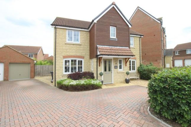 4 bed detached house for sale in Mustang Way, Swindon