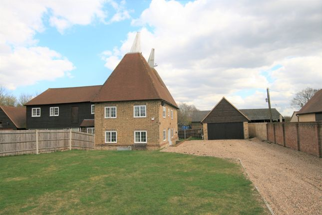 3 bed country house to rent in Hook Lane, Lenham Heath