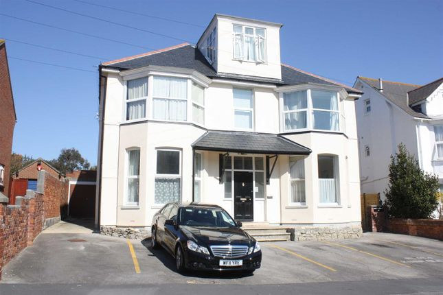 1 bed flat to rent in Carlton Road South, Weymouth DT4