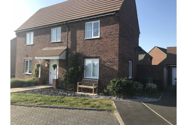 Thumbnail Detached house for sale in Chiltern View, Chinnor