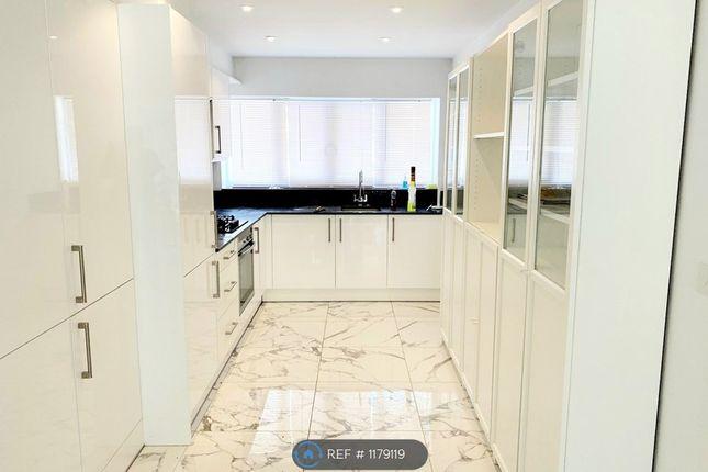 Thumbnail Semi-detached house to rent in Glendale Avenue, Edgware