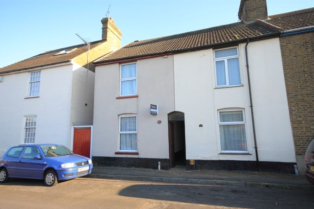 2 bed terraced house for sale in Cyprus Road, Faversham