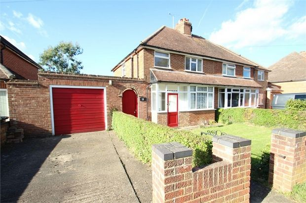 3 bed detached house for sale in Gravetts Lane, Guildford, Surrey