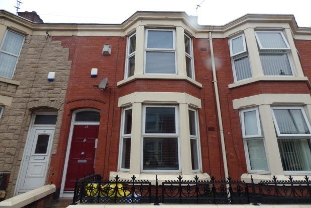 Thumbnail Flat to rent in Empress Road, Liverpool