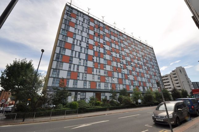 Thumbnail Flat to rent in London Road, Croydon