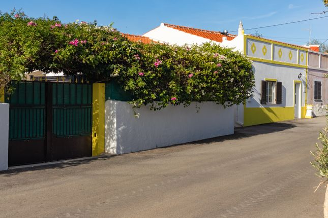 Detached house for sale in Paderne, Albufeira, Portugal