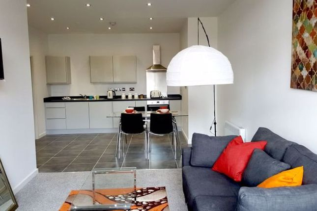 Thumbnail Flat to rent in Empire House, Onsite Gym, Fantastic Development