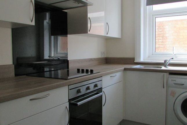 Thumbnail Flat to rent in Greystoke Place, Blackpool, Lancashire