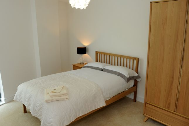 Thumbnail Flat for sale in Shire Gate, Essex