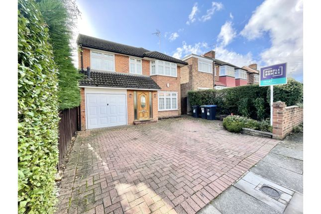 Thumbnail Detached house to rent in Merryhills Drive, Enfield