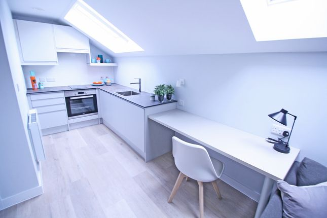 1 bed flat to rent in Tudor Street, Exeter
