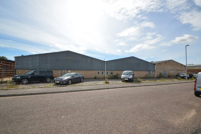 Warehouse to let in 15 Bessemer Close, Verwood