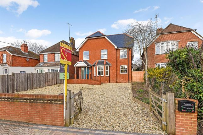 4 bed detached house for sale in Dene Path, Andover SP10