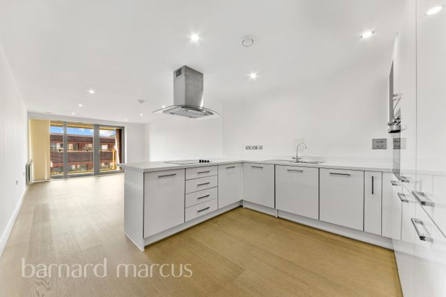 2 bed flat to rent in 434 Old Kent Road, London SE1