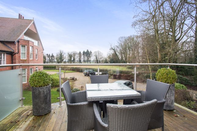 2 bed flat for sale in Linby Lane, Linby, Nottingham