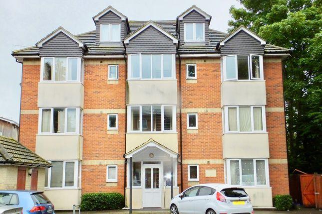 Thumbnail Flat for sale in Regents Park Road, Southampton