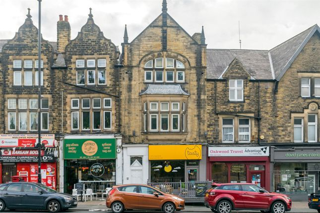 Thumbnail Flat to rent in Roundhay Road, Leeds, West Yorkshire