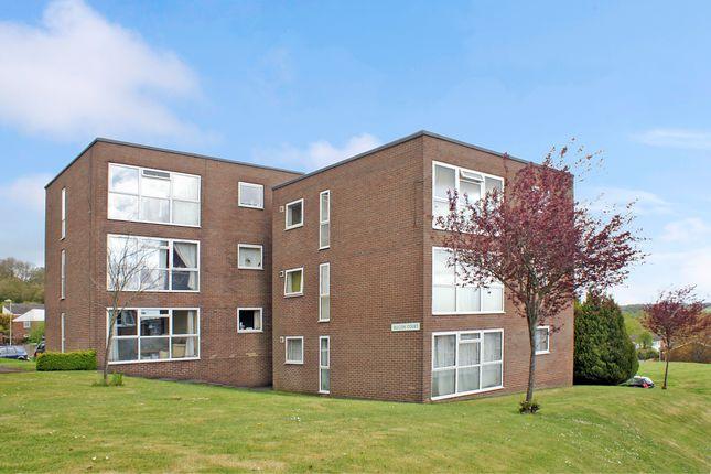Thumbnail Flat to rent in Falcon Court, Alton