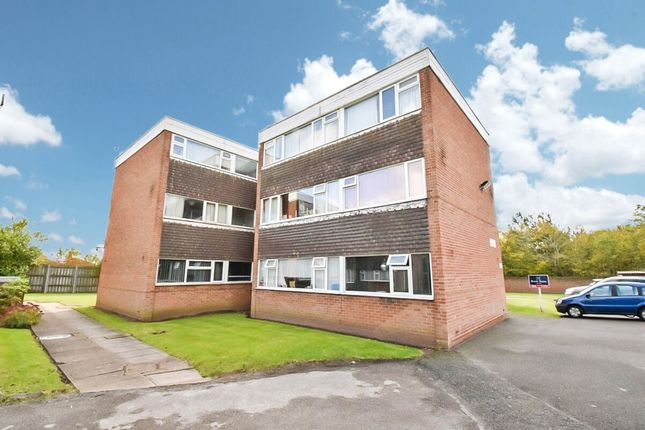 Thumbnail Flat for sale in Pleydell Close, Willenhall, Coventry