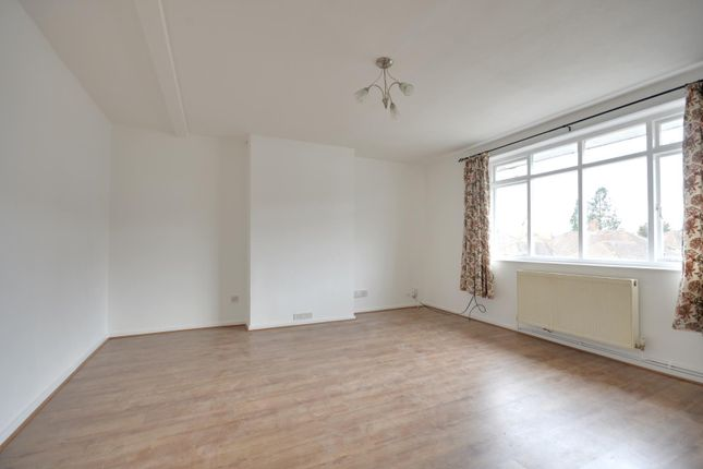 Thumbnail Flat to rent in Whitby Road, Ruislip