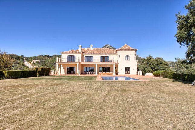 Thumbnail Villa for sale in Marbella Club Golf Resort, Benahavis, Malaga, Spain