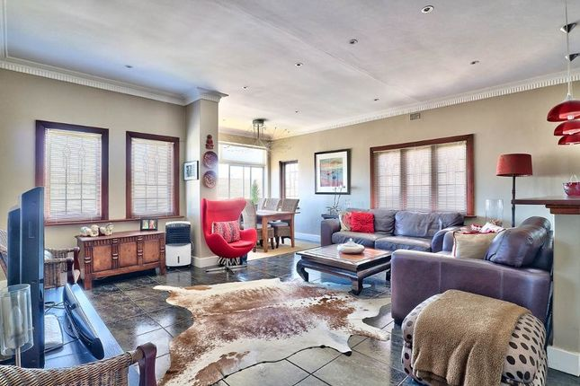 Thumbnail Apartment for sale in Bantry Bay, Cape Town, South Africa