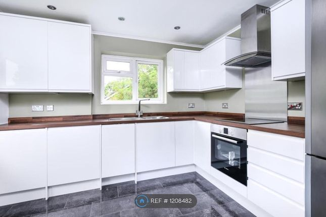 Thumbnail Flat to rent in Rydal Mount, Bromley