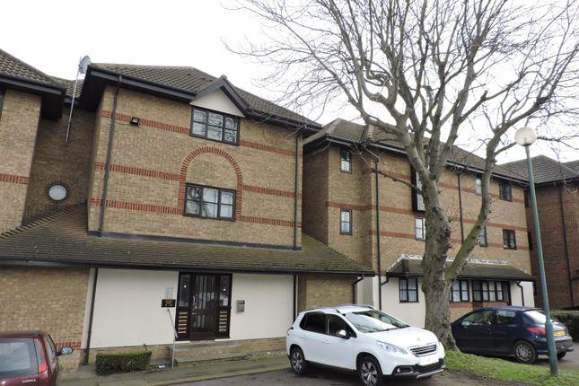 Thumbnail Flat to rent in Clifton Walk, Dartford