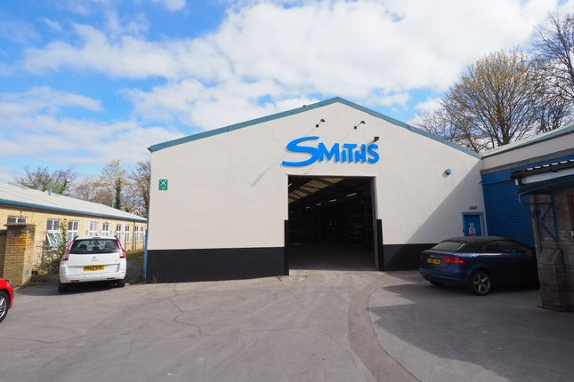 Thumbnail Industrial to let in Horsham