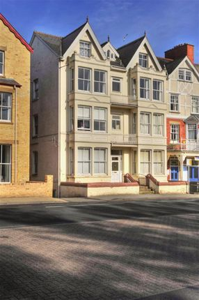 Thumbnail Flat for sale in 8 The Central, High Street, Llandrindod Wells