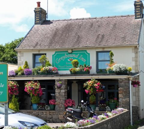 Thumbnail Pub/bar for sale in Llanrhidian, Swansea