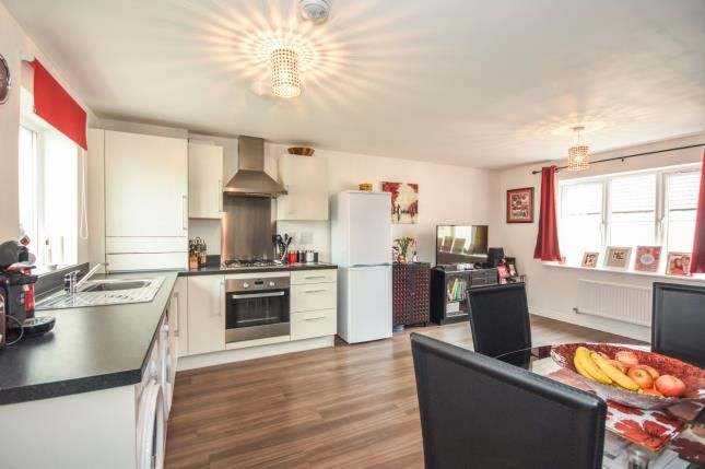 Thumbnail Flat for sale in Duncombe Close, Witham