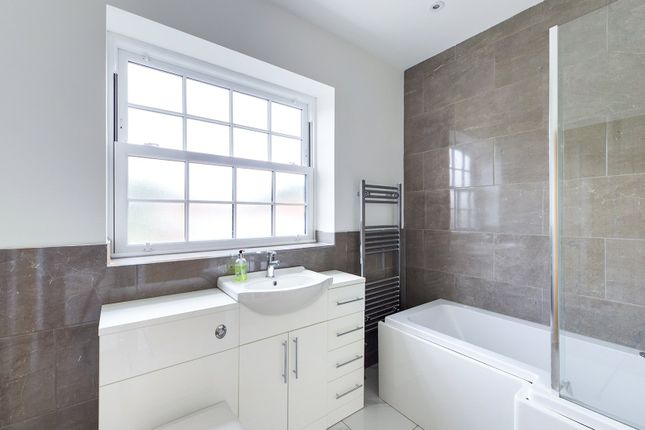 Bathroom of The Loftings, Waterside Road, Barton-Upon-Humber, North Lincolnshire DN18