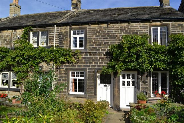 Thumbnail Cottage to rent in 22, Sude Hill, New Mill, New Mill Holmfirth