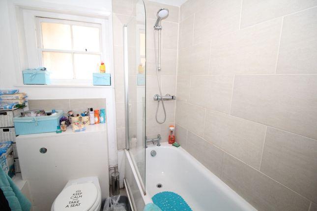 Bathroom/WC of Pelham Crescent, Hastings, East Sussex TN34