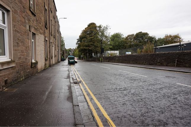 Street Scene of Loons Road, Dundee DD3