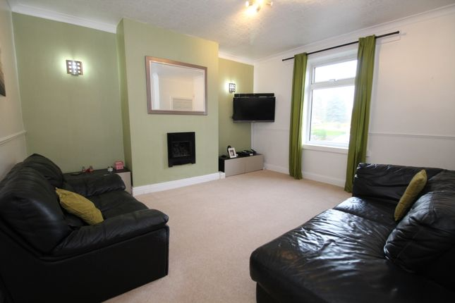 Living Room of Second Avenue Long Lane, Dalton, Huddersfield HD5