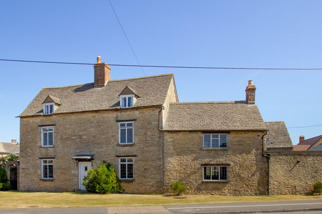 Thumbnail Detached house to rent in Main Road, Long Hanborough, Witney