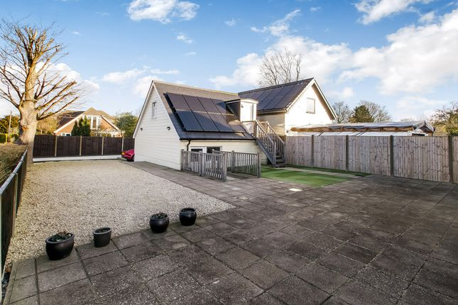 Thumbnail Detached house for sale in Sunderton Lane, Clanfield, Waterlooville