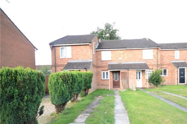 Thumbnail Terraced house for sale in Isis Way, Sandhurst, Berkshire