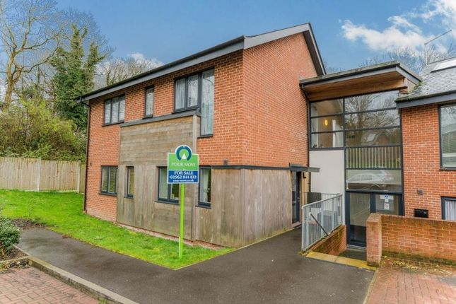 Thumbnail Flat for sale in The Dell, Kings Worthy, Winchester