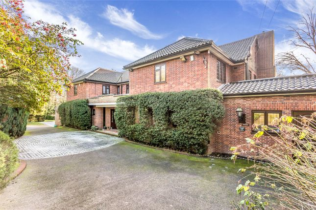 Thumbnail Detached house for sale in Priory Close, Stanmore, Middlesex